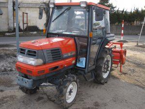 トラクターGL220